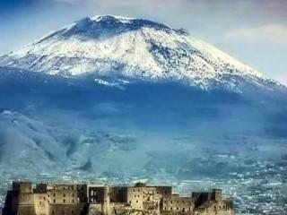 Vesuvio_innevato_dolomitico